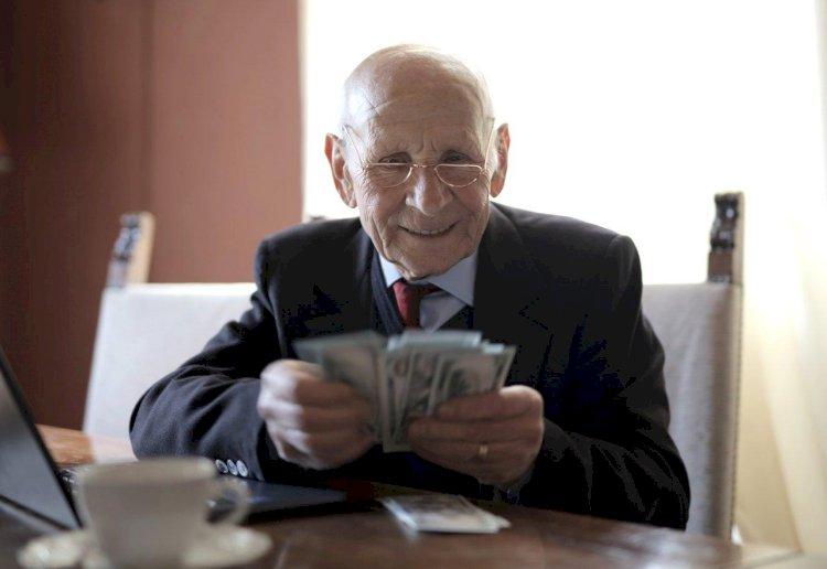 Emekli Bayram İkramiyeleri Meclis'e Taşındı