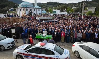 İsmail Altındağ'ı Son Yolculuğuna Binlerce Seveni Uğurladı